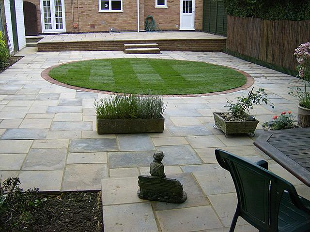 J stammers landscape gardener 01707 880076 welwyn for Garden design ideas hard landscaping
